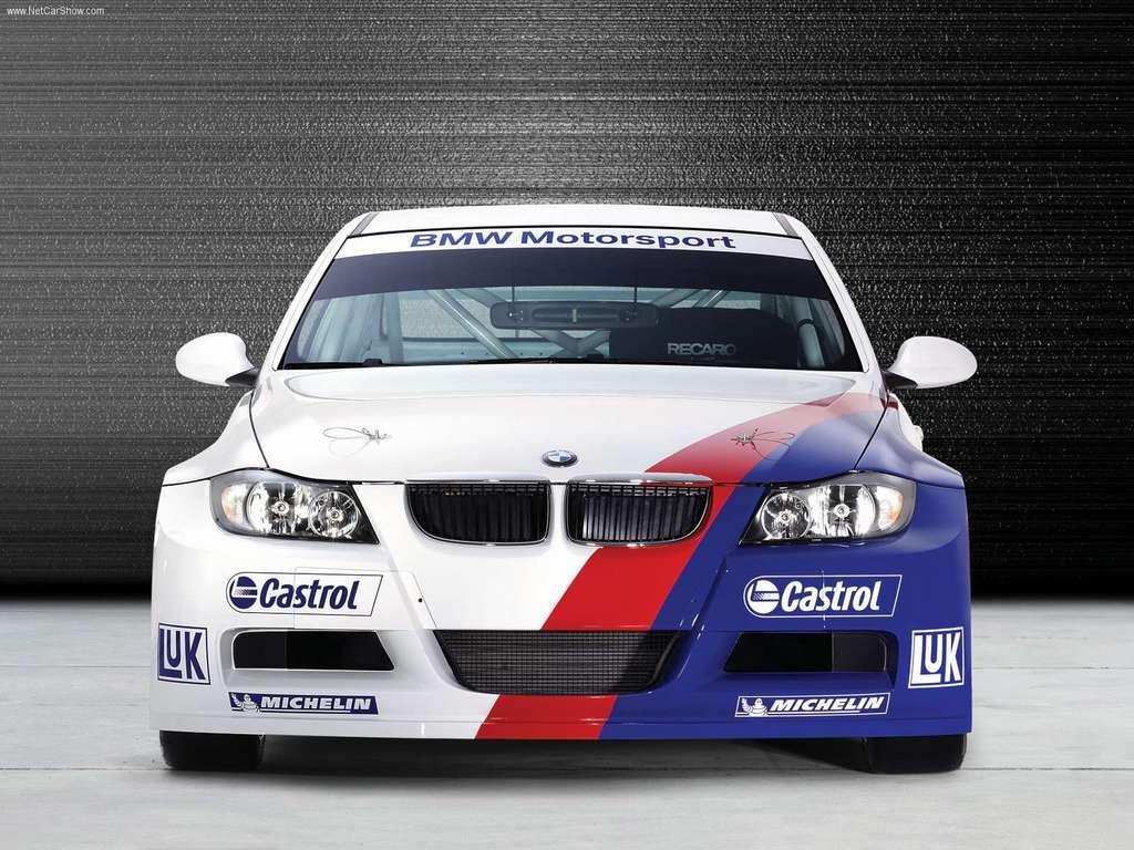 http://1.bp.blogspot.com/-s8biluP2Xt4/Tem_4g0m_II/AAAAAAAAAA8/uV5MDGIboS4/s1600/2006_BMW_320si_E90_WTCC_1024x768_03.jpg