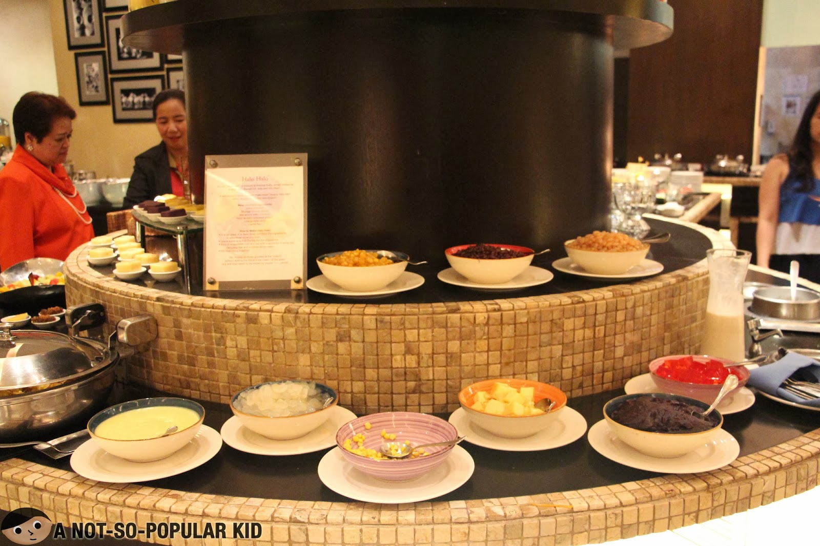 The Make-It-Your-Own Halo-Halo in Dusit Thani's Basix Restaurant