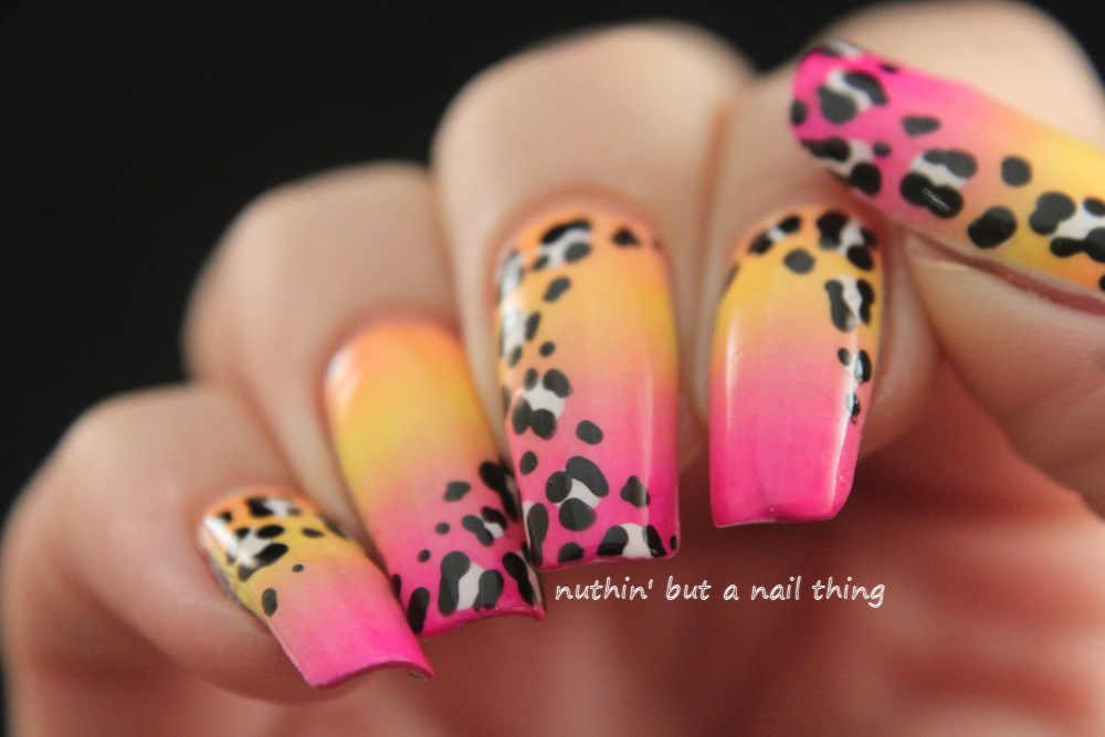 nuthin\' but a nail thing: Leopard print nail art