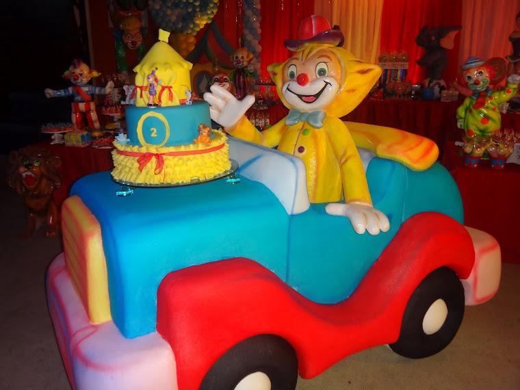 carro de palhaço p/mesa de bolo...