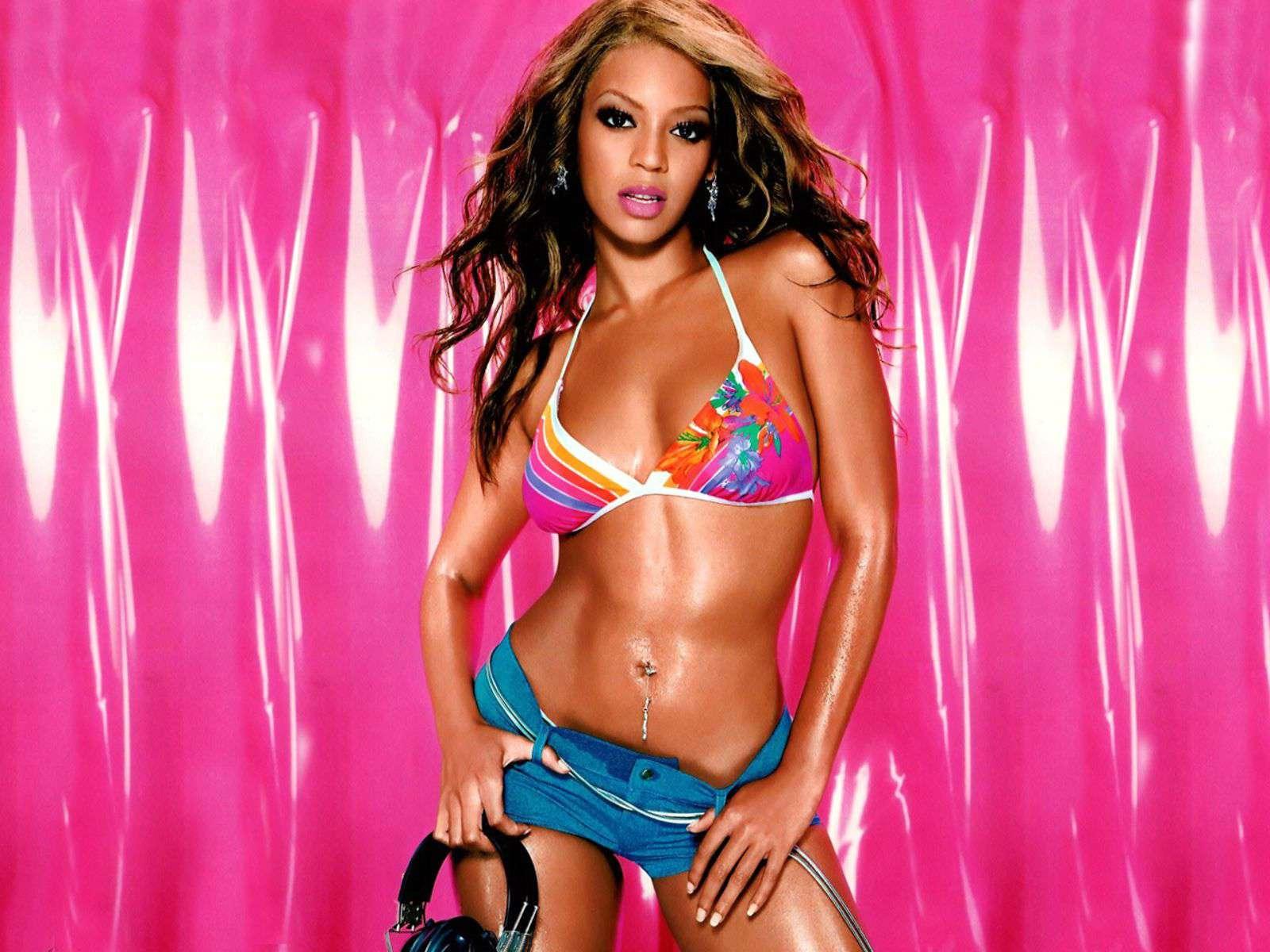 http://1.bp.blogspot.com/-s9UFAM74nn0/TiRe23jZsZI/AAAAAAAAILo/_oyzCqoD8OQ/s1600/Beyonce+-Knowles+-10.jpg