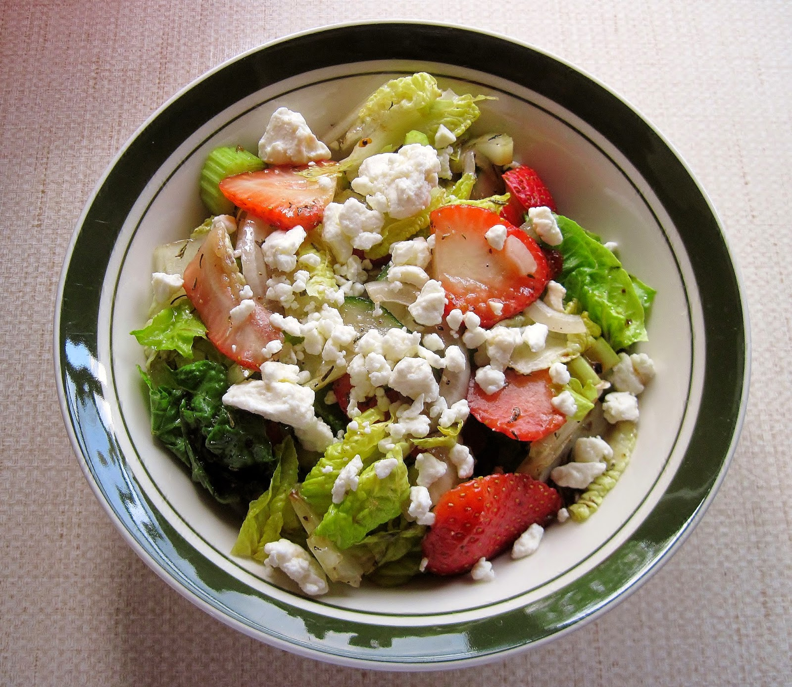 salad with strawberries & feta cheese