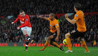 Man+Utd+Wolves+Wayne+Rooney+shot