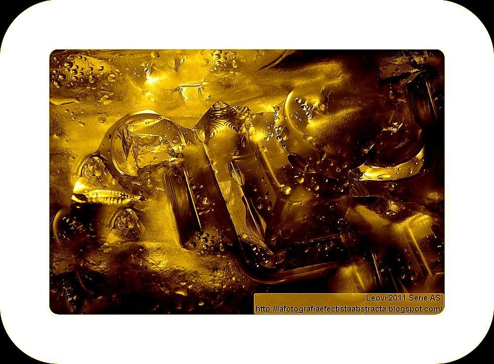 Foto Abstracta 3143  La escalera que conduce al lugar donde escondes tus sueños - The staircase leading up to the place where you hide your dreams