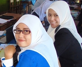 Ust. Iin | Ust. Betty