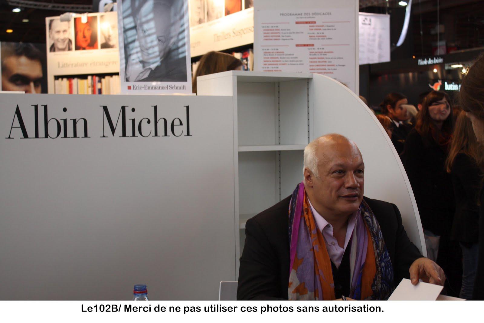 Le 102 me blog autour du livre salon du livre 2012 - Eric emmanuel schmitt et sa compagne ...