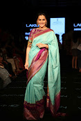 Tapsee Stills at LFW 2015 event-thumbnail-4