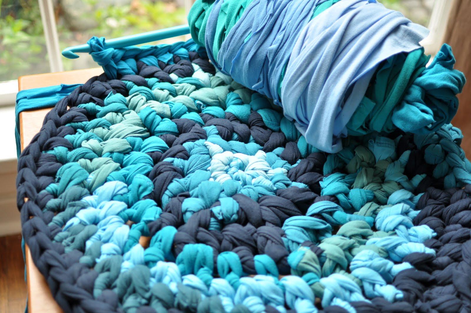 Толстые нитки для вязания ковриков крючком 89