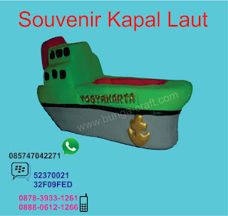 Souvenir Kapal Laut