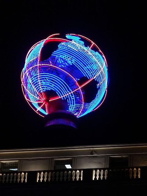 Neon Globus Orbisu