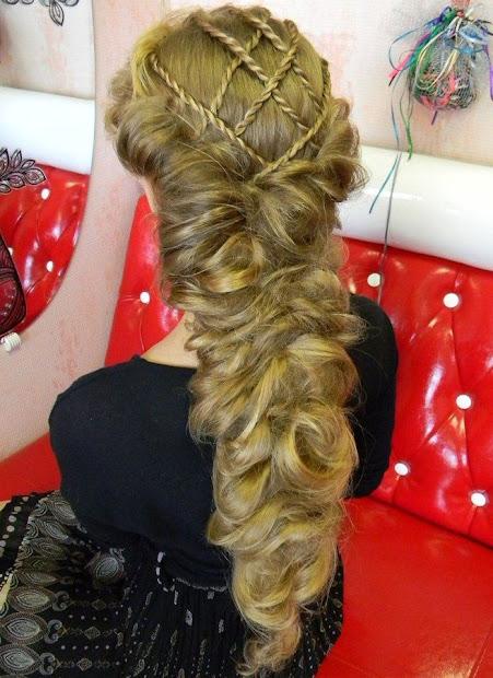 impressive renaissance hairstyles