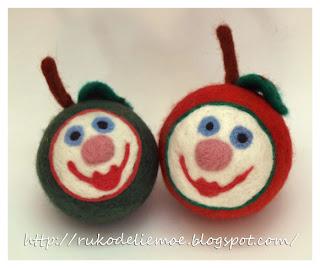 новогодние игрушки из шерсти, весёлые яблочки