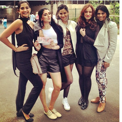 Sonam kapoor Birthday Celebs Photos with Friends