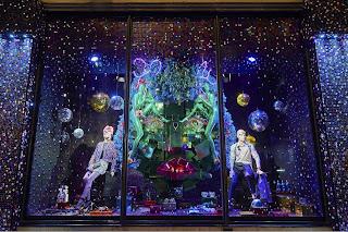 Green Pear Diaries, escaparates, visual merchandising, navidad, Harvey Nichols, Studio 54