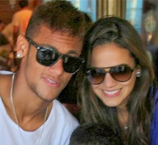 Bruna Marquezine ainda chora por Neymar nos bastidores