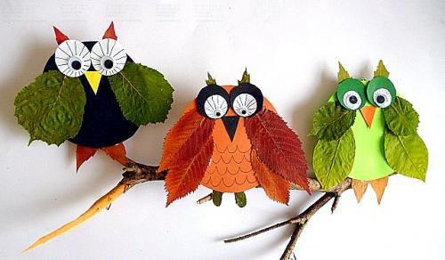 my owl barn make owls out of leaves. Black Bedroom Furniture Sets. Home Design Ideas