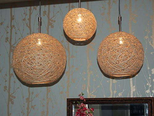 Diy Rope Chandelier Diy chandelier with rope globe goodiy allow to dry 24 hours then smash the balloon with the needle and eliminate it attentively put wiring and it is done you will have a new chandelier audiocablefo