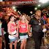 Foliões gastam até R$ 2,4 mil com segurança particular na festa do carnaval