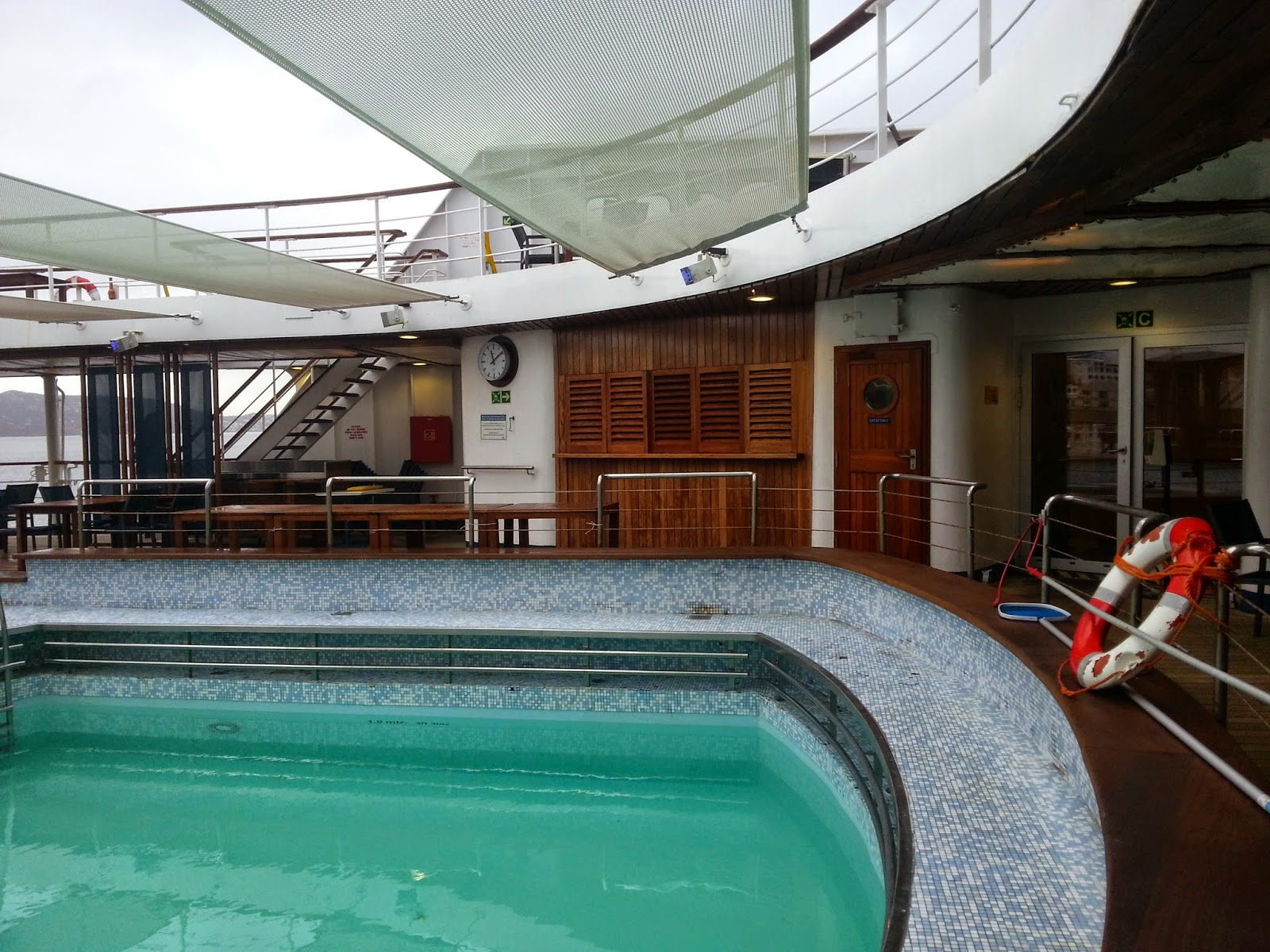 Cruise Ship Saga Pearl II - Outdoor Pool