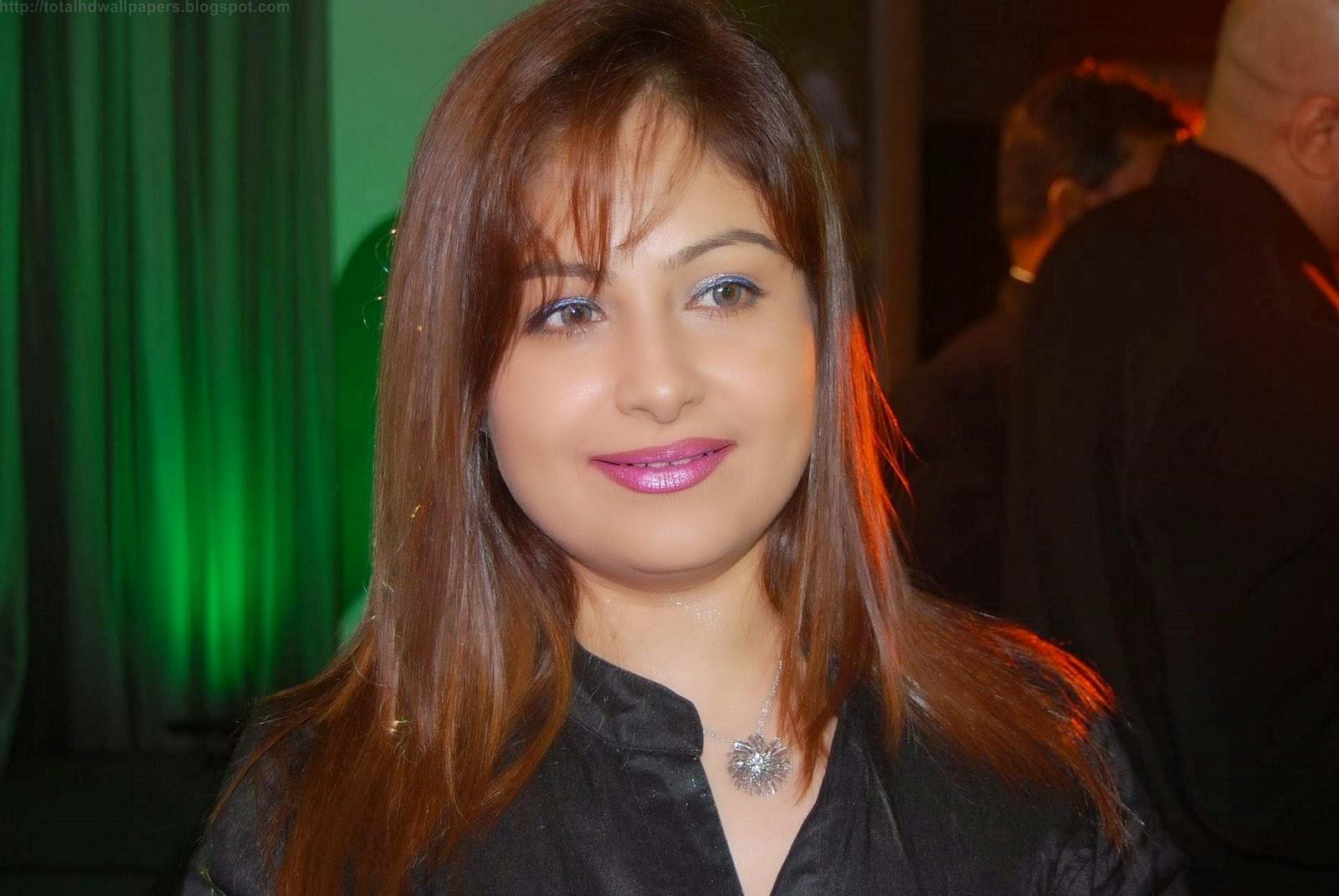 Watch Ayesha Jhulka video