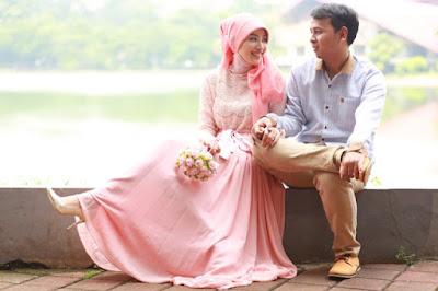 Inilah Foto Pre-Wedding dan Letak Keharamannya