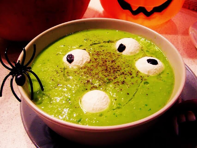 eyeball-slime-halloween-soup