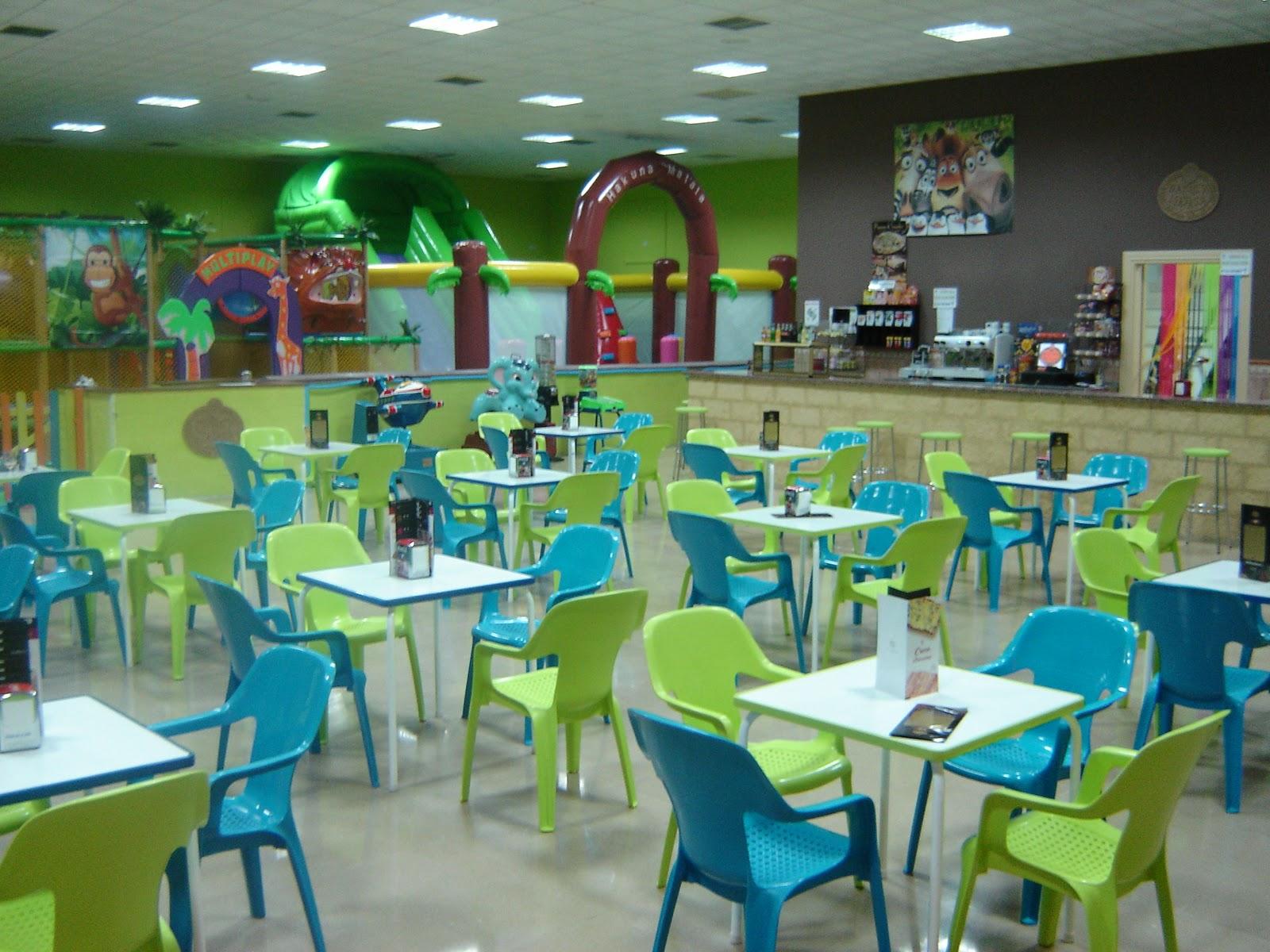 Parque Infantil Osuna Hakuna Matata Cafeteria