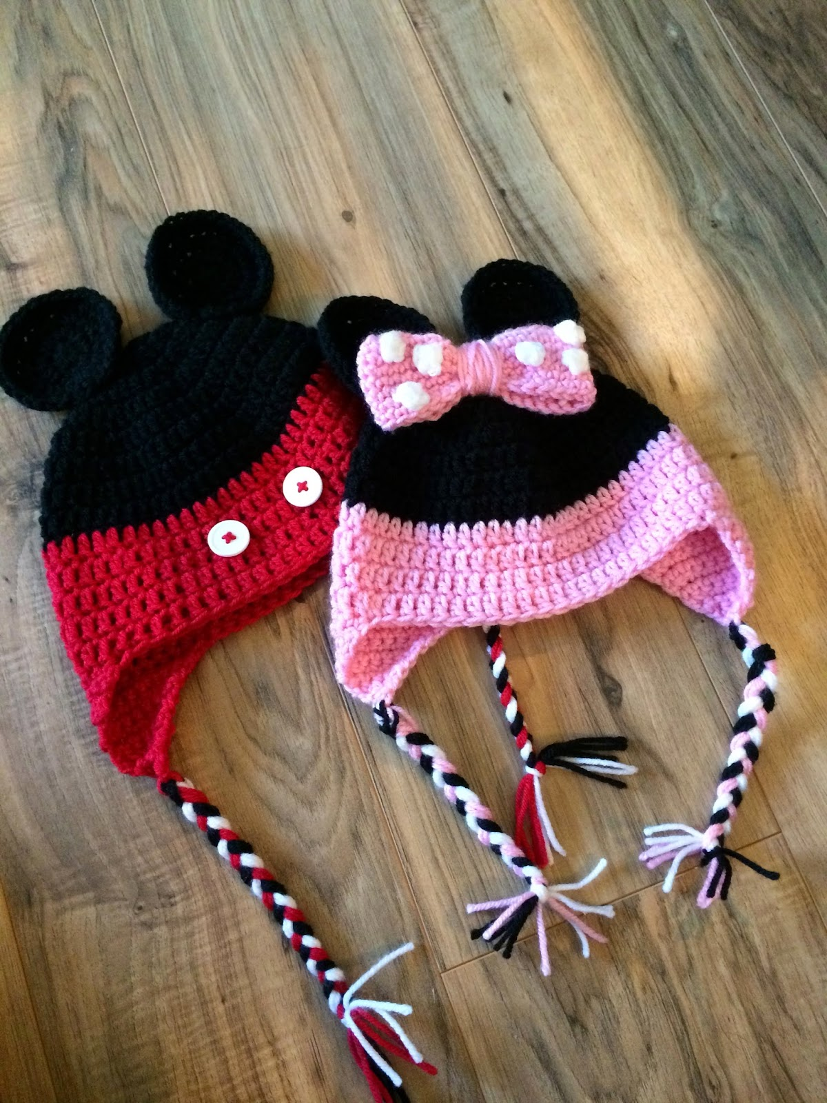 twenty somethin\' mom: crochet minnie and mickey mouse earflap hat ...
