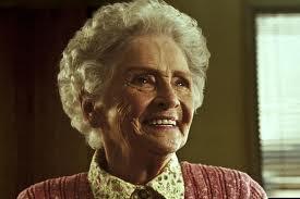 Nenek Nyaris DiRogol