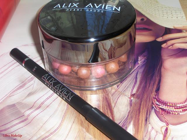 alix avien allık, pearl drops blush, siyah göz kalemi,