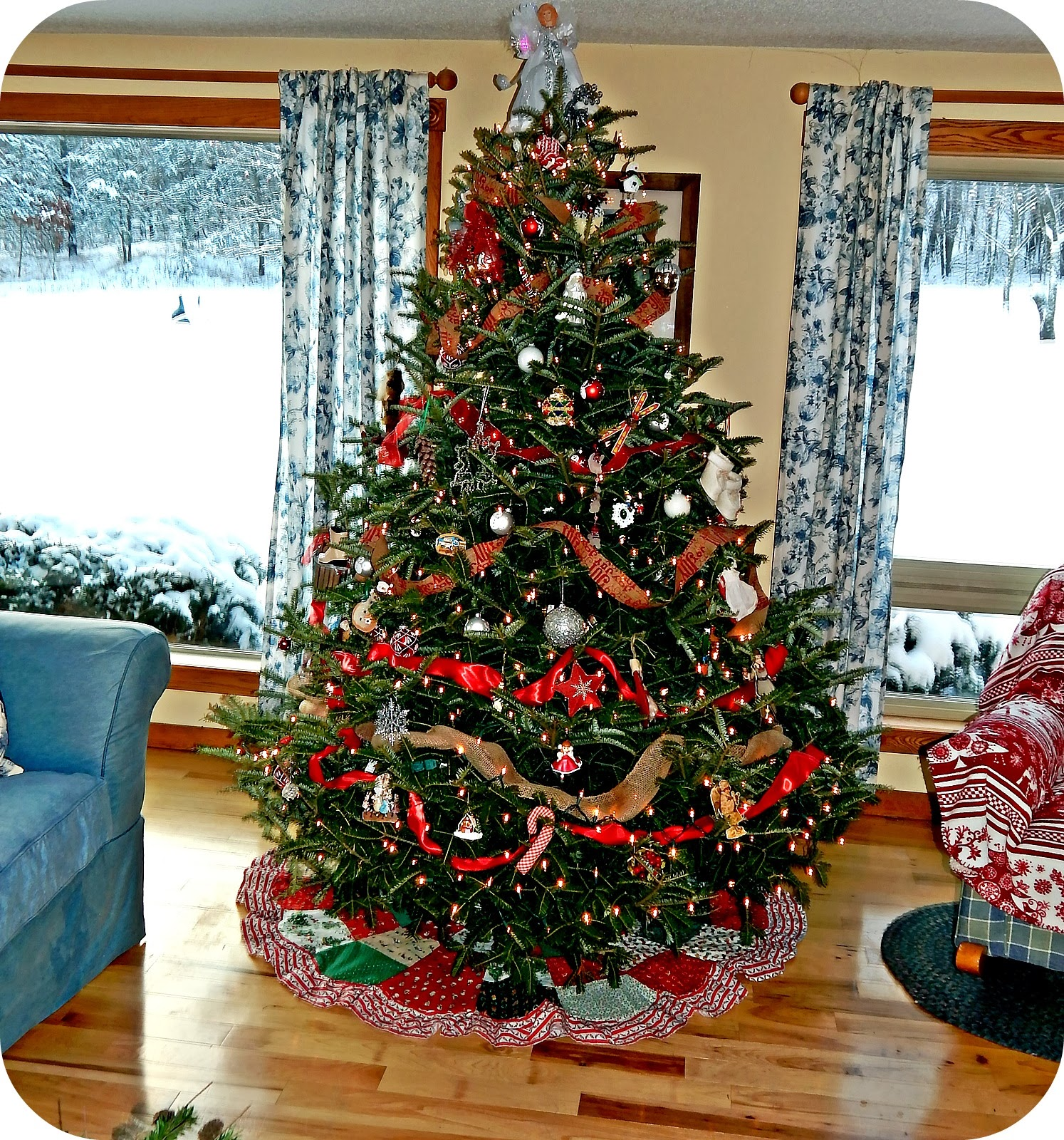 Applestone Cottage: Oh Christmas Tree...