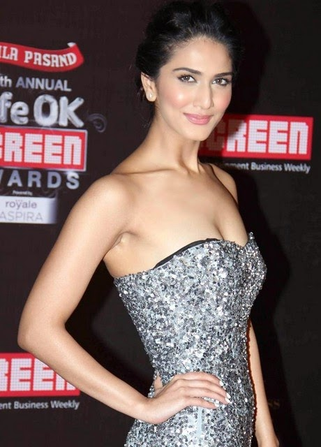 Vaani Kapoor Latest Wallpapers