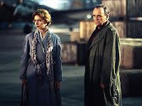 Isabella Rossellini e Anthony Hopkins em Berlin para as filmagens de The Innocent (1993)