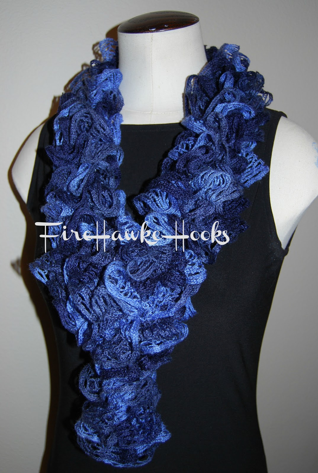 Firehawke Hooks and Needles: Free Pattern - Ruffle Scarf