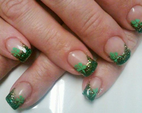 Lush fab glam blogazine style me pretty st patricks day nail here are some of our favorite green gold and clover leaf nail art designs which are perfect for celebrating st patricks day read on for more photos prinsesfo Gallery