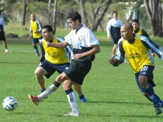 Amistoso Gimnasia de Jujuy vs Zapla en Papel NOA