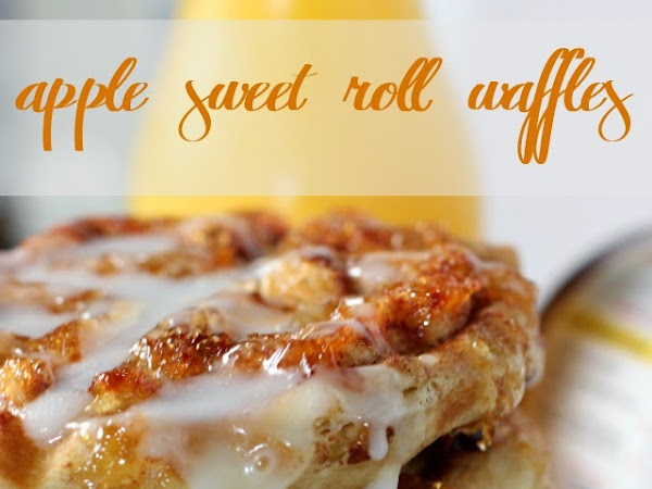 Easy Breakfast Ideas: Apple Sweet Roll Waffles