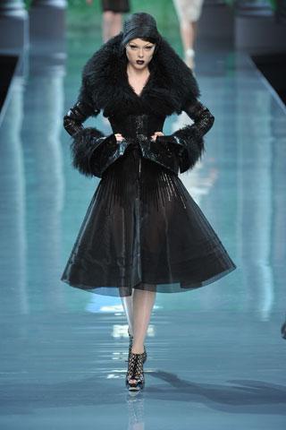 coco rocha dior. Coco Rocha in Christian Dior