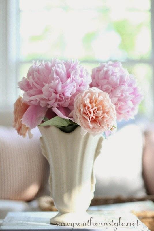 Savvy southern style just add flowers 5152015 mightylinksfo