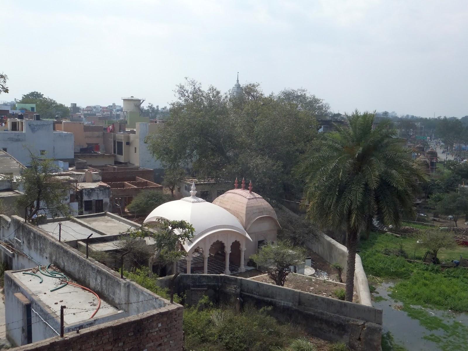 Вриндаван. Вид из храма Маданамоханы