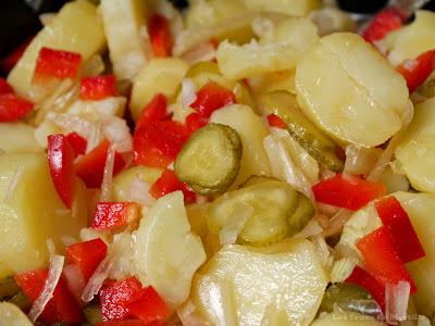 La Kartoffel Salat d'AcrO / salade de pommes de terre (voir la recette)