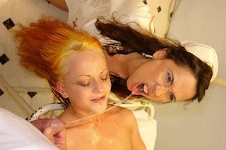 Hot Naked Girl - rs-DrPiss12_031-796796.JPG