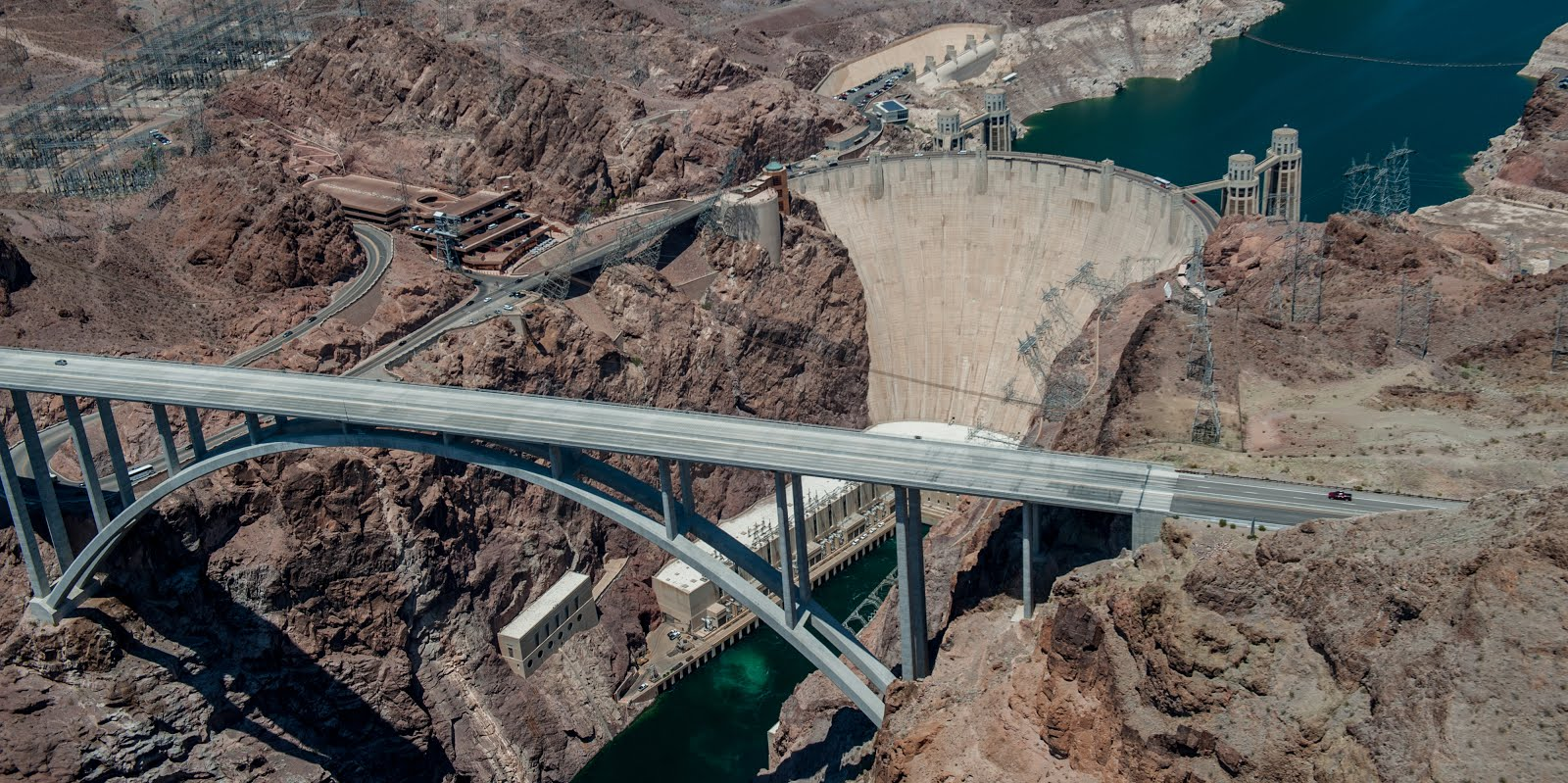 Vegasdaze blog the best ways to visit hoover dam for Hoover dam motor coach tour