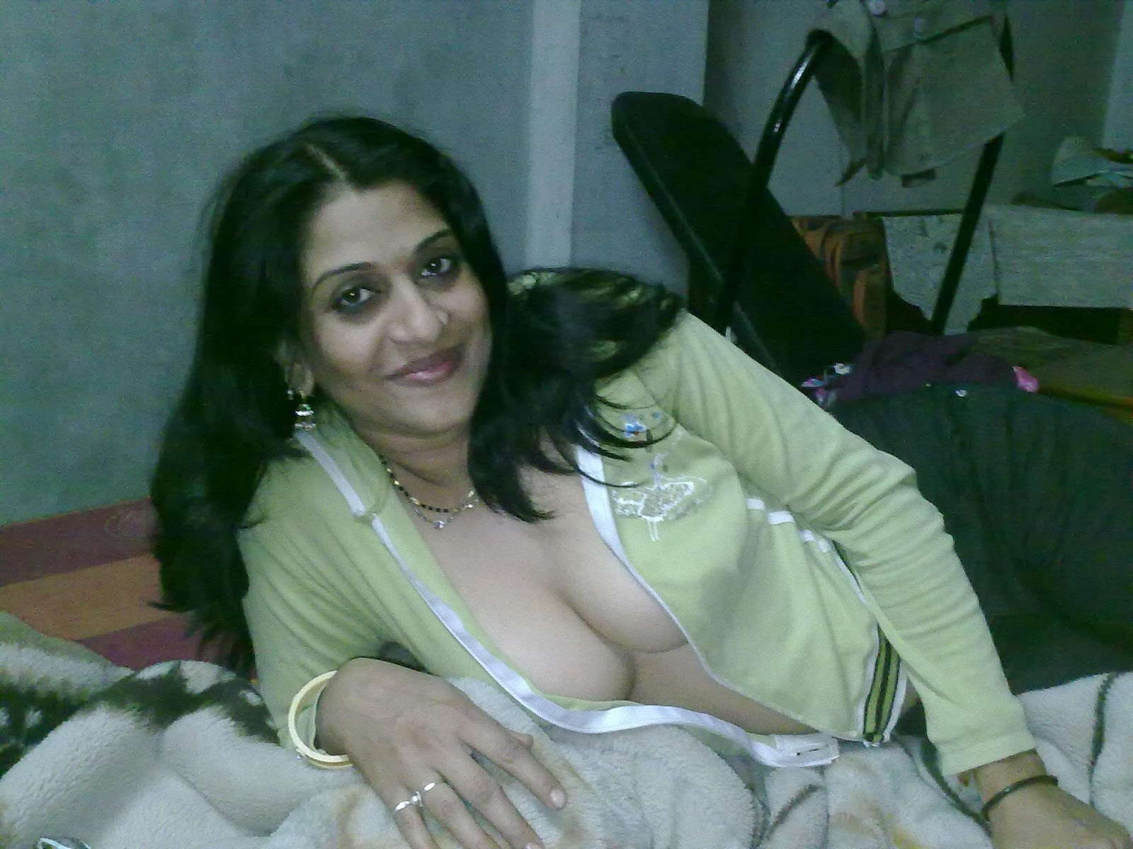 maal nude Hot desi
