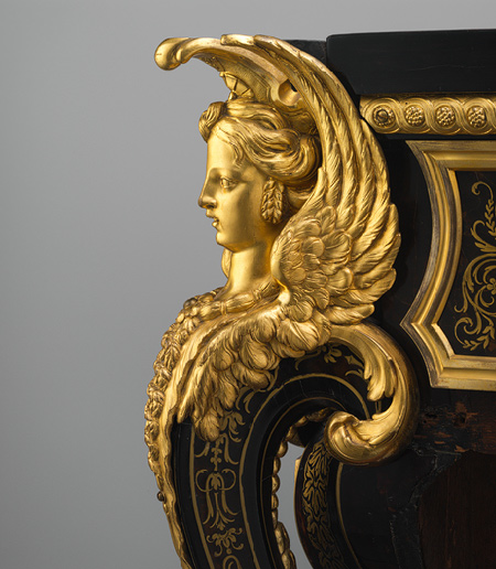 Andrē Šarls Buls (fr. André-Charles Boulle, 1642 — 1732) - franču mākslinieks, zīmētājs, kokgriezējs, gravieris, zeltītājs, izcilākais sava laika mēbeļnieks, sava īpaša stila radītājs.