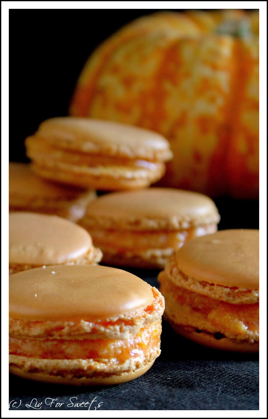 liv for sweets pumpkin pie spice macarons mit k rbis. Black Bedroom Furniture Sets. Home Design Ideas