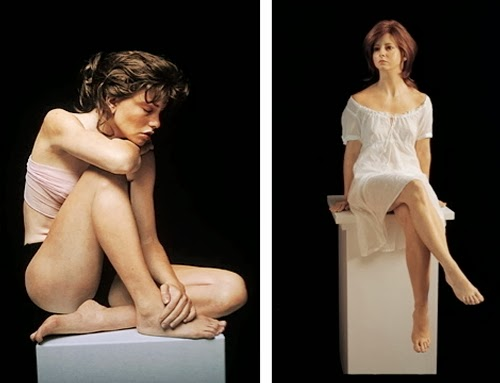 05-Hand-on-Shoulder-and-Crossed-Legs-Artist-Marc-Sijan-Hyper-Realistic-Sculptures-Oil-Paints-www-designstack-co