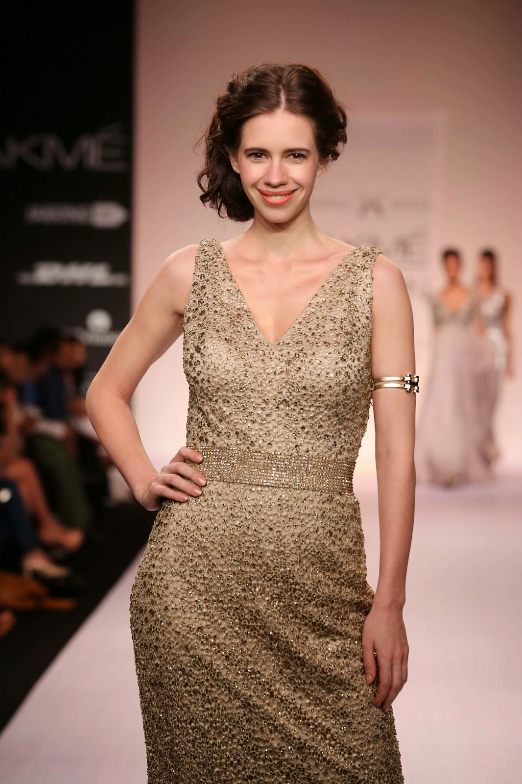 Gliding in confidently to end the show was the very effervescent Kalki Koechlin in a glittering sequinned gold gown.