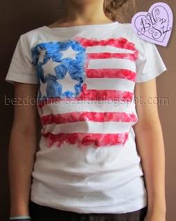 http://www.bezdomna-szafa.pl/2012/07/koszulka-z-flaga-ameryki-i-sonda.html