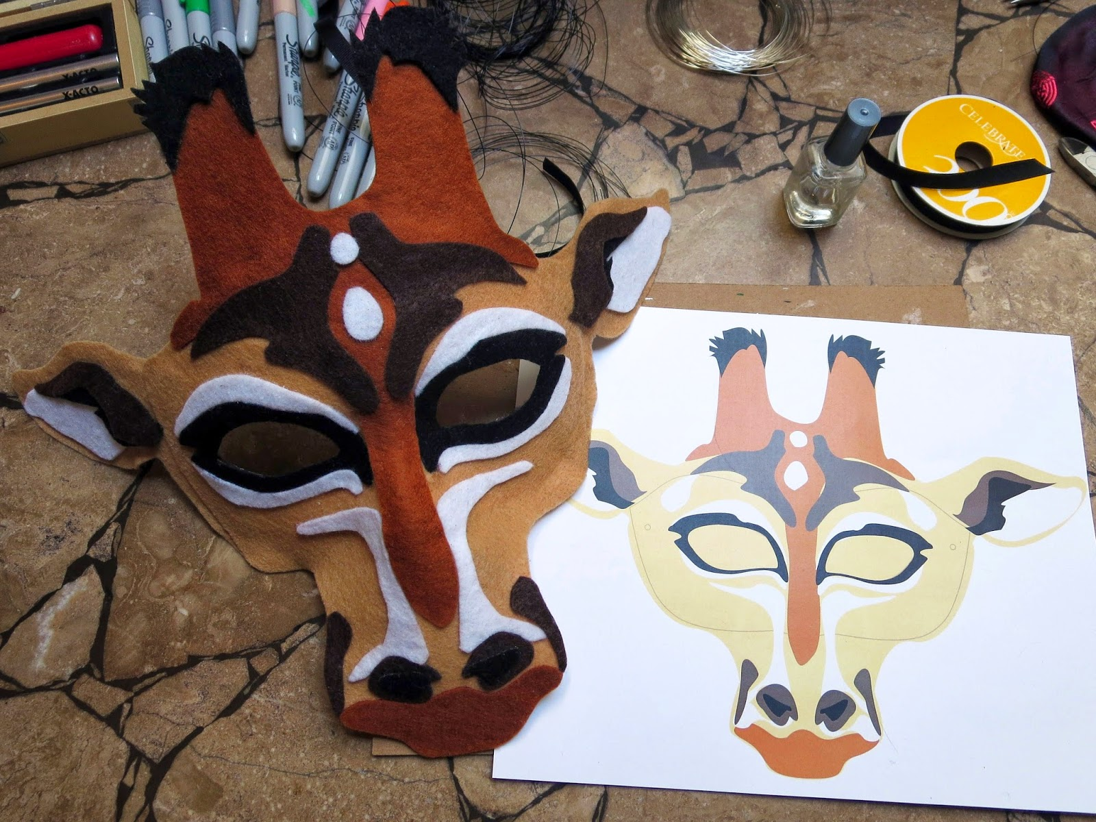 DIY Felt Giraffe Mask
